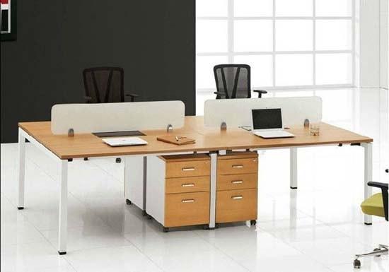 Chọn bàn có kích thước phù hợp không gian văn phòng