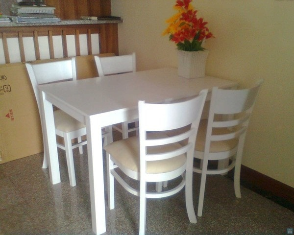 Gợi ý bố trí bộ bàn ăn 4 ghế trong phòng bếp khoa học